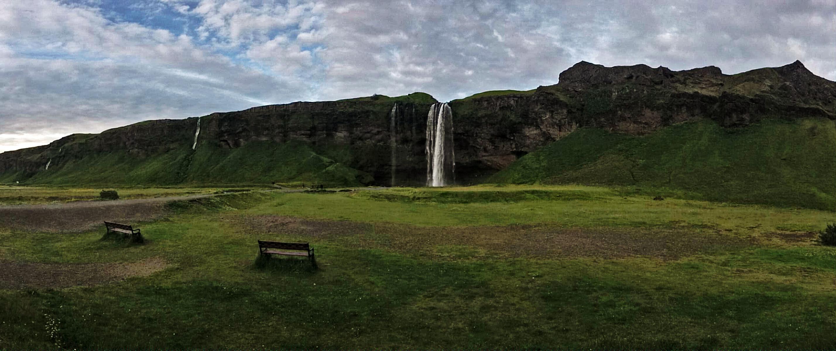 17. Seljalandsfoss